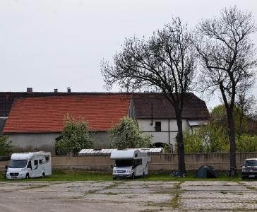 Karavanové stání - Karavan kemp Nučničky u Litoměřic