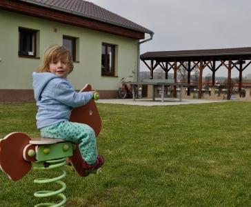 Pěšky, na kole i na koni ;-) - Karavan Kemp Nučničky u Litoměřic_2